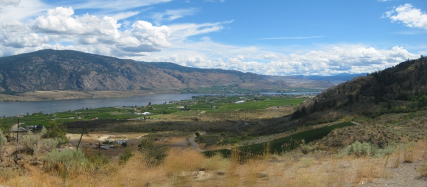 2010-08-08 - BC Family Trip - 40 - Leaving Osoyoos panorama