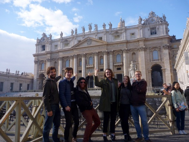2013-12-13 - 333 - Vatican City - The Boyz and Kate at the Basilica