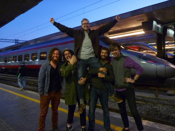 2013-12-17 - 494 - Rome - Saying goodbye to Fredd
