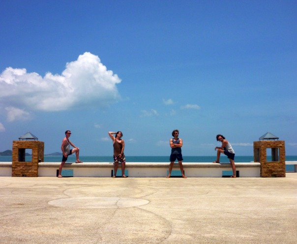 2014-04-02 - 028 - Koh Samui - Band shot, epic poses