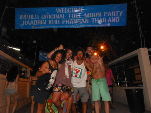 2014-04-14 - 196 - Full Moon Party - The Matts, Nic, and Alec at the Full Moon entrance