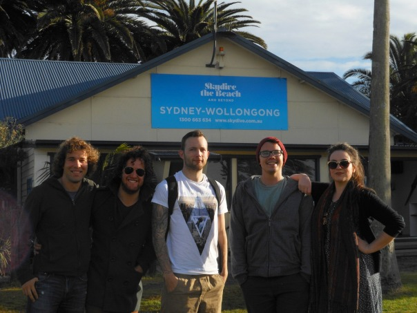 2014-07-24 - 128 - Wollongong - Alec, Nic, Alex, Matt, and Laura at Skydive the Beach