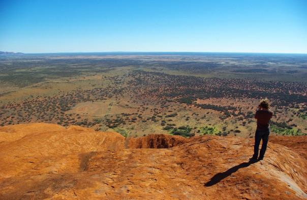 2014-06-04 - 174 - Uluru - Alec taking pictures