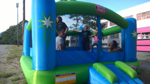 2015-08-16 - Parkproof - 08 - Bouncy castle